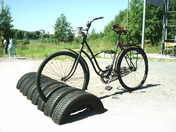 Tyres bike stand