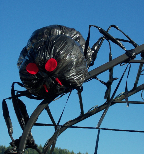 Halloween Spider Made From Garbage Bag